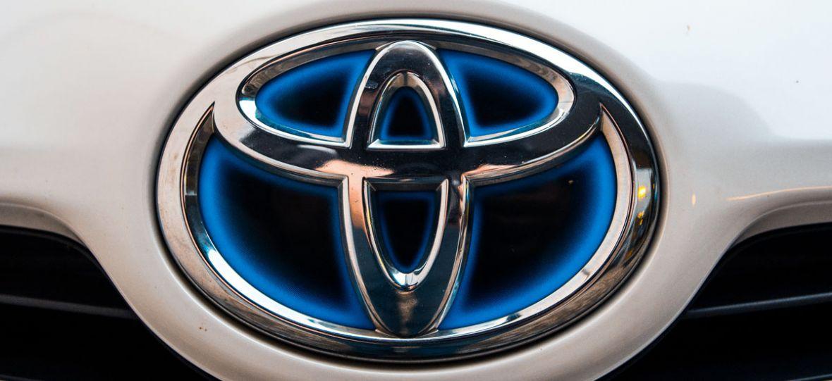 Od minivana do wodorowej Mirai – Toyota już 20 lat udowadnia, że jest liderem hybrydowego rynku