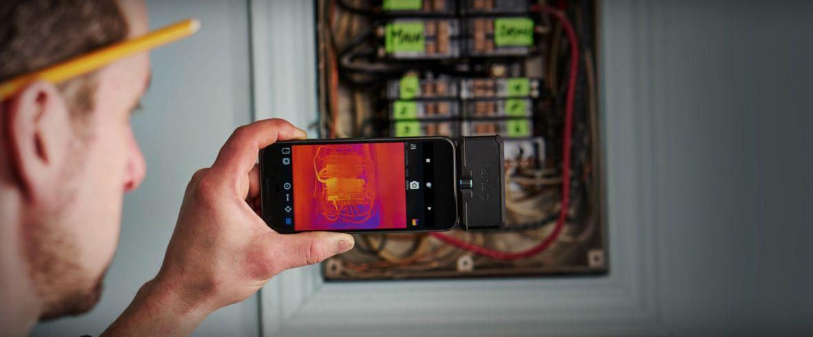 Nie moduły, a akcesoria. Nowe kamery Flir One pokazują, jak powinny wyglądać dodatki do smartfona