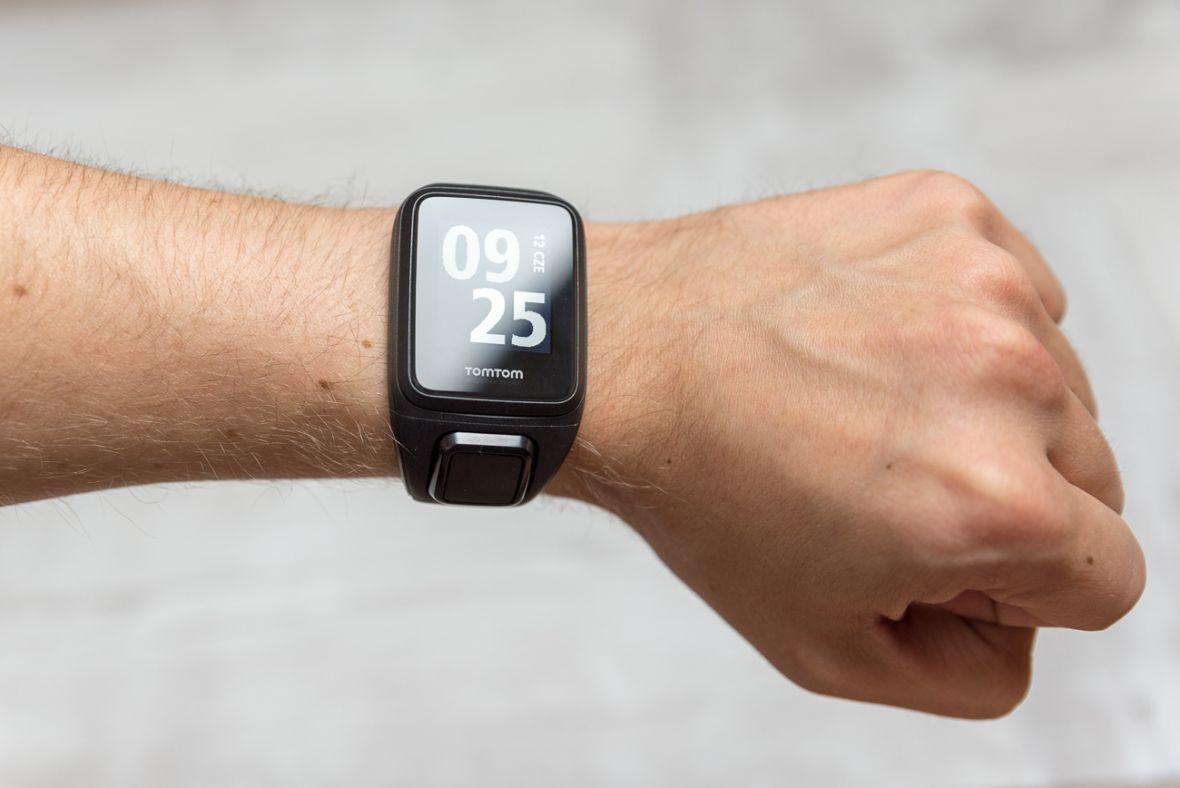 Czy warto zmienić zegarek sportowy na nowszy, czyli przesiadka na TomTom Runner 3 Cardio + Music