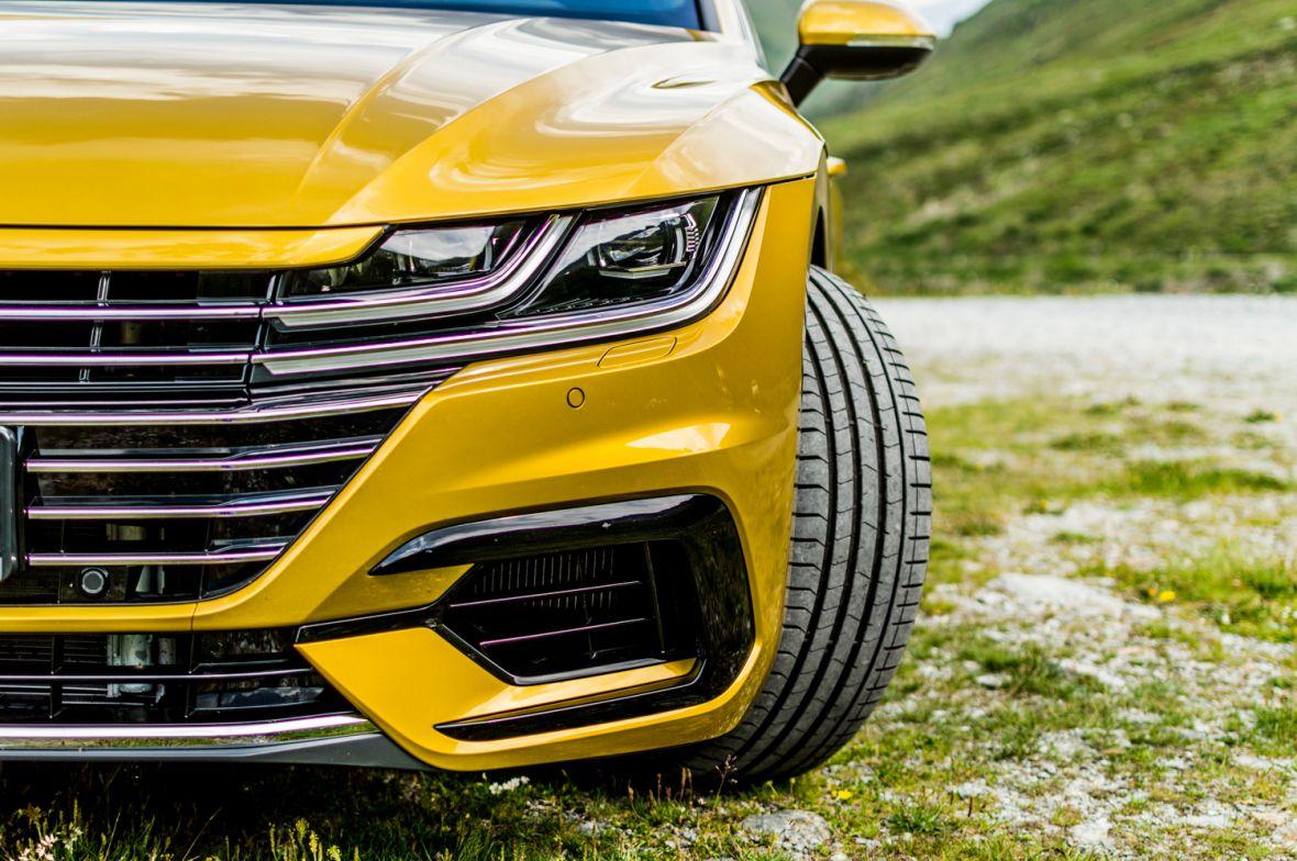 """Nie mówcie, że to tylko """"droższy Passat"""". Volkswagen Arteon – pierwsza jazda"""