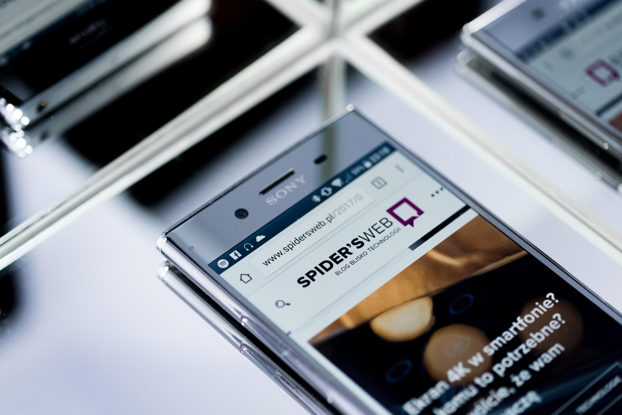 Jaki smartfon do 1700 zł? Sony Xperia XZ Premium