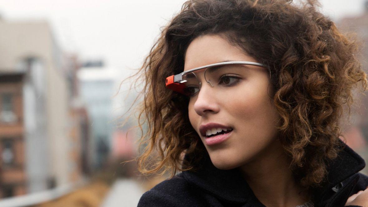 Facebook i okulary, które zastąpią smartfona