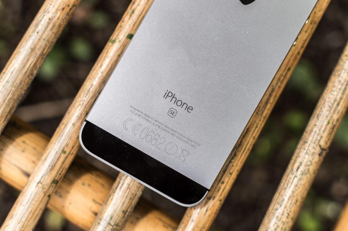 iPhone SE po 3 miesiącach – nie żałuję niczego, nie czekam na premierę Ósemki