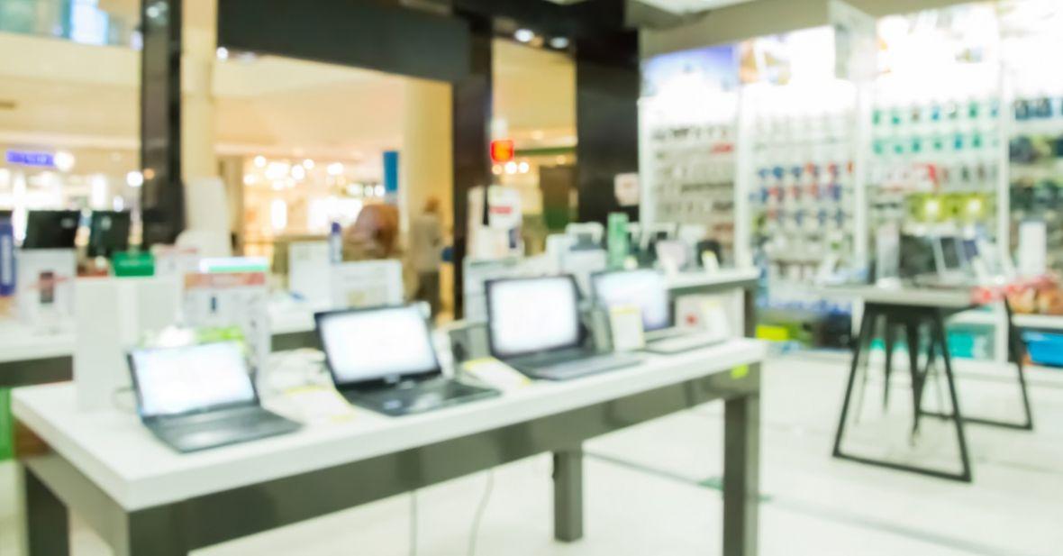 Jaki laptop do 2000 zł warto kupić? TOP 3 najlepszych komputerów
