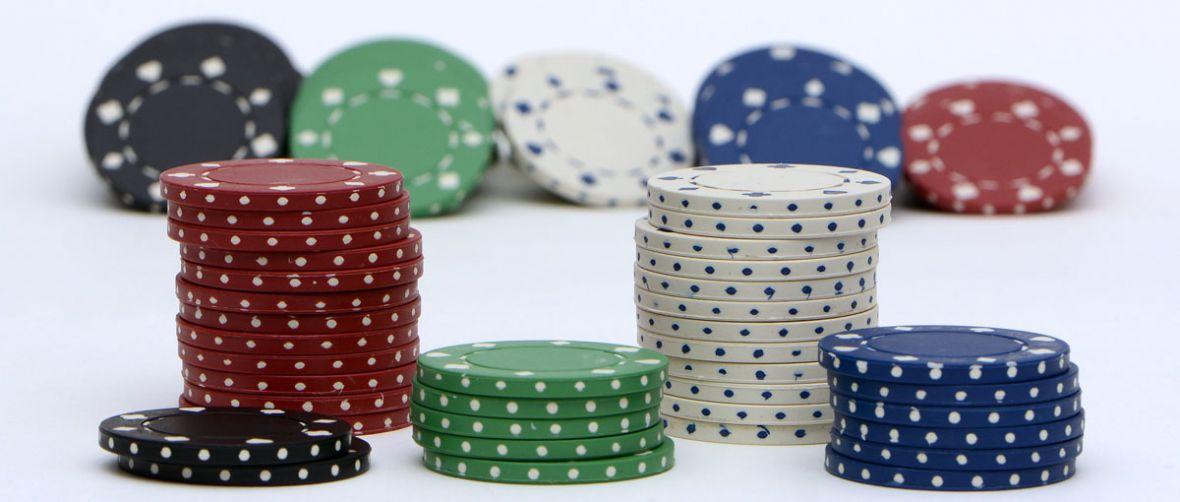 Rząd zablokuje strony, na których nie ma hazardu? Rzecznik Praw Obywatelskich poprosił o wyjaśnienia