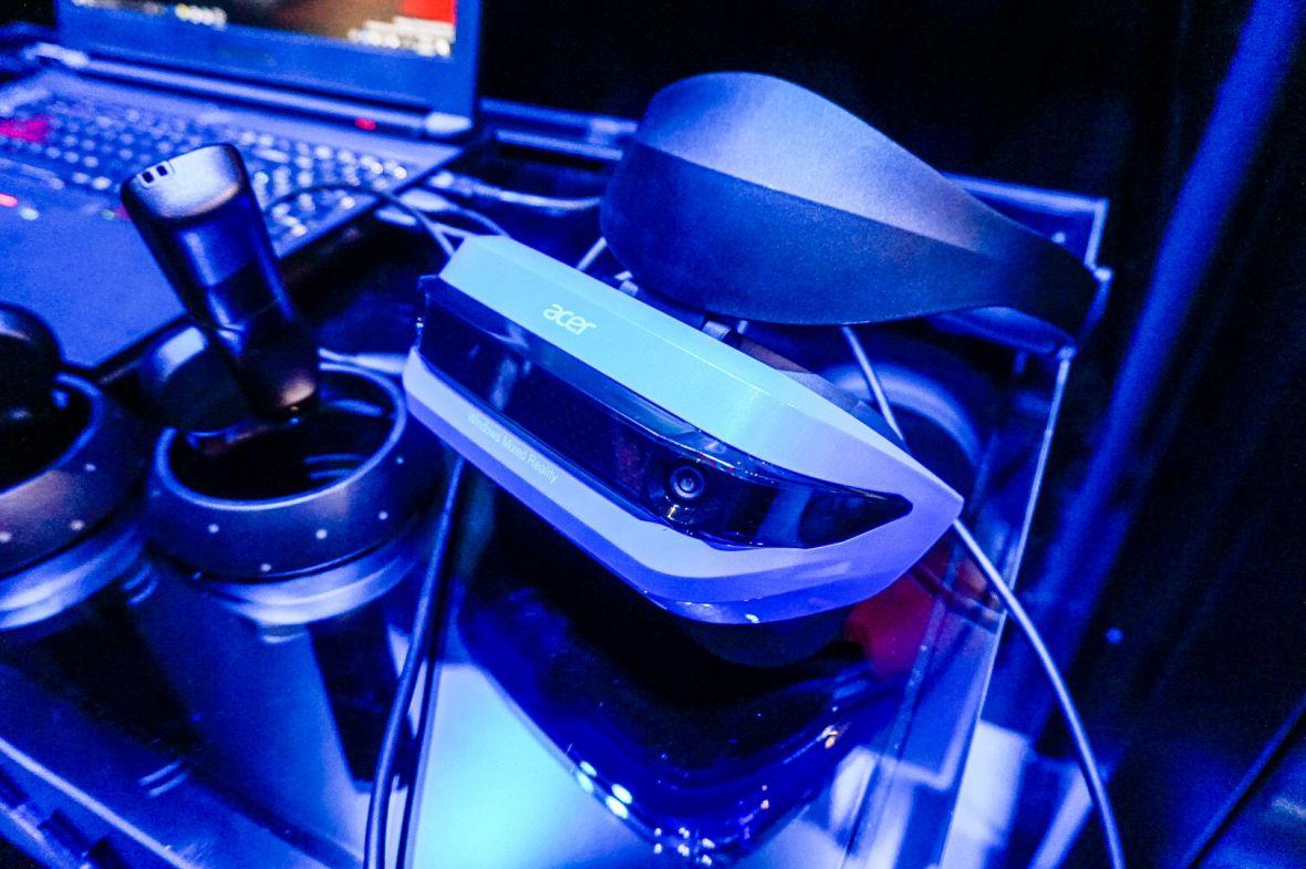 Bawiłem się VR Microsoftu dla Windows 10. Acer Windows MR to ważny projekt, ale pozbawiony celu