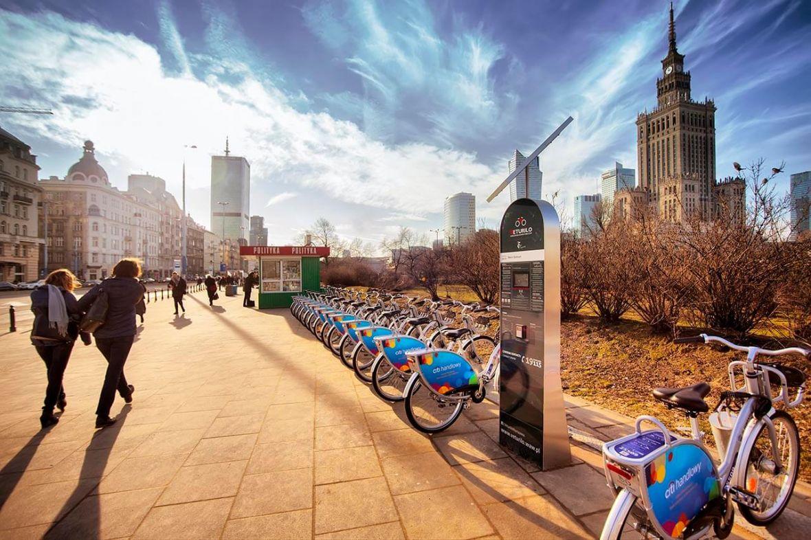 Veturilo ułatwia życie. Mieszkańcy Warszawy wkrótce wypożyczą rowery… elektryczne