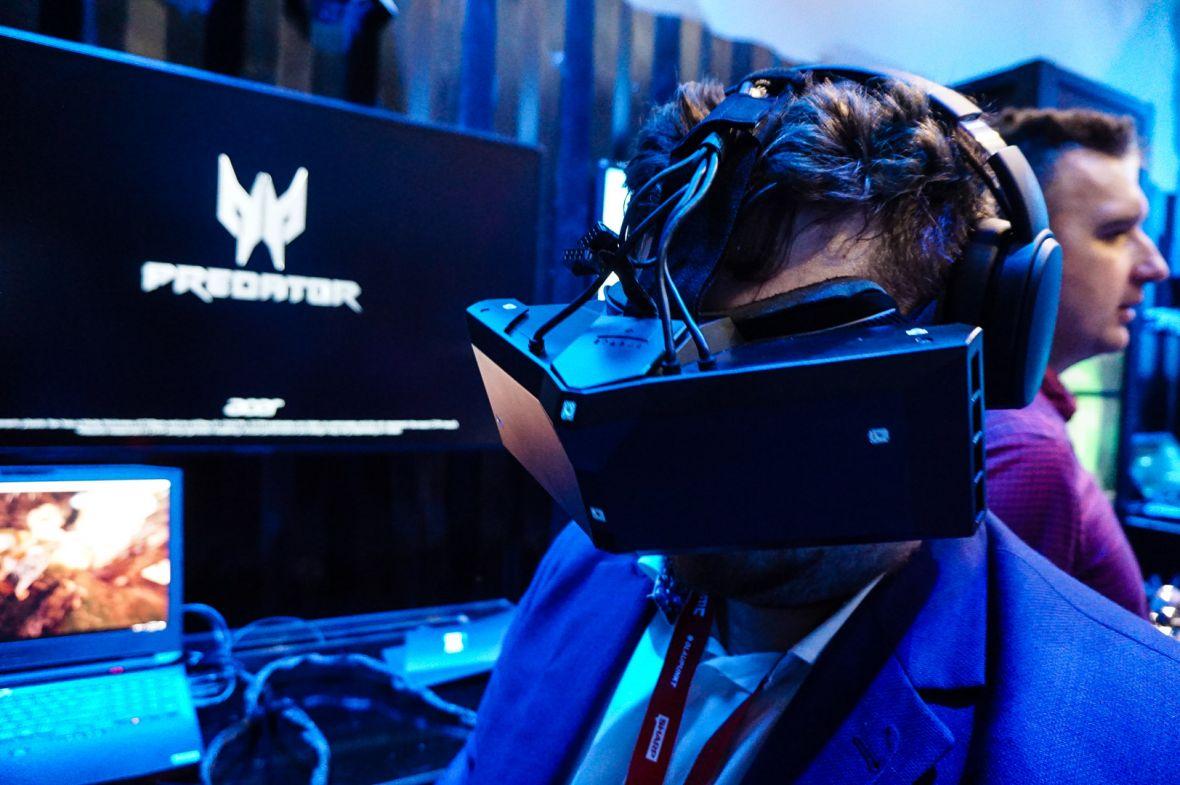 Dostałem się na pokaz dla biznesu. Przetestowałem tam StarVR – pierwsze panoramiczne gogle VR