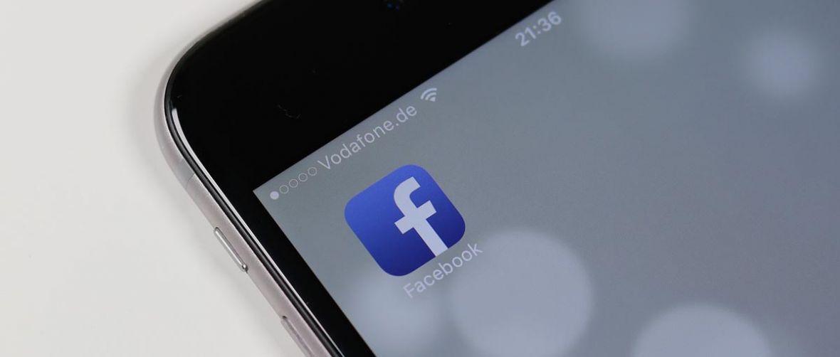 Uwielbiamy dzielić się zdjęciami przez Messengera. Polacy w pierwszej dziesiątce rankingu Facebooka