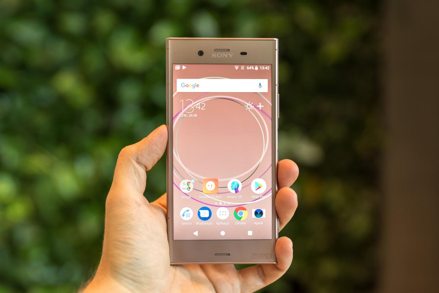Sony zaprezentowało właśnie swój najnowszy telefon z najwyższej póki cenowej, jakościowej i wydajnościowej. Sony Xperia XZ1 na pierwszy rzut oka wydaje się naprawdę dobrym urządzeniem, którego kupno warto poważnie rozważyć.