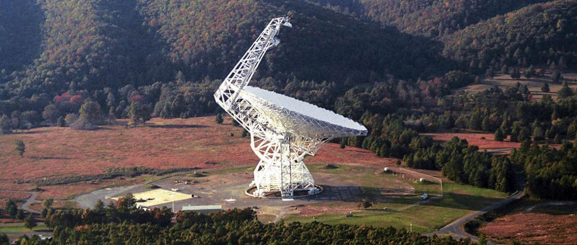 Naukowcy zarejestrowali kilkanaście nietypowych impulsów radiowych. Wyobraźnia podpowiada różne scenariusze