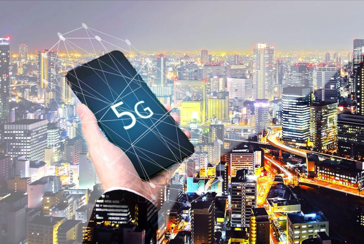 Czego możemy się spodziewać po 5G – największe wady i zalety standardu łączności z niedalekiej przyszłości