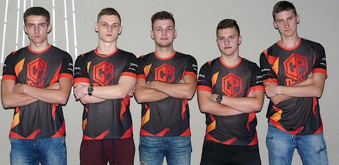 Nasza drużyna w Polskiej Lidze Esportowej! Check-Point przechodzi chrzest bojowy z Izako Boars