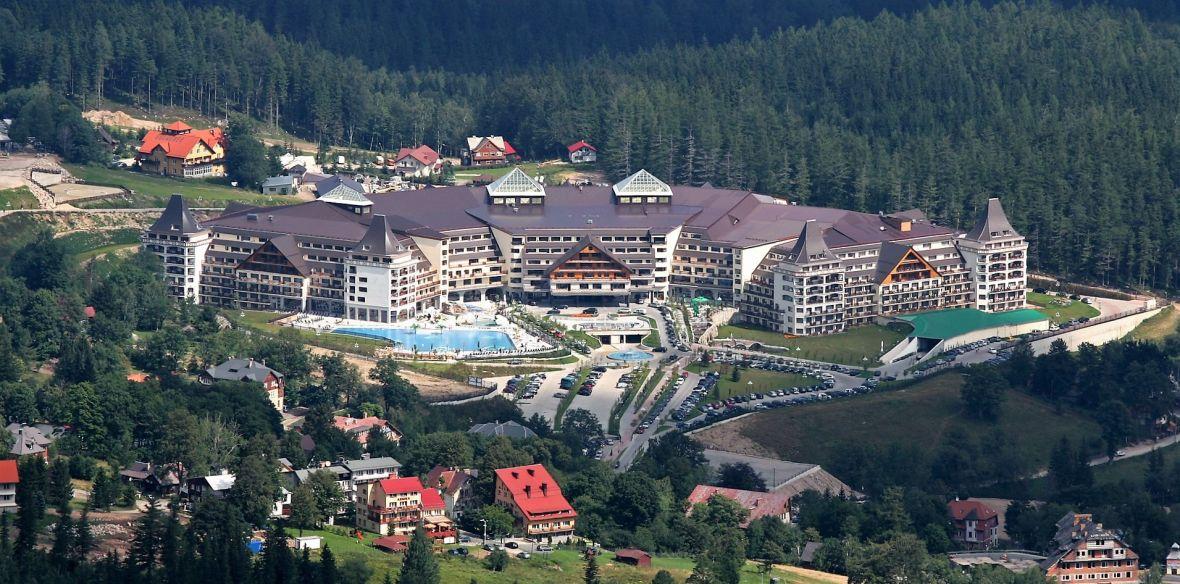 Utrapienie polskiego hotelu – fałszywa strona na Facebooku ma większy zasięg niż prawdziwa