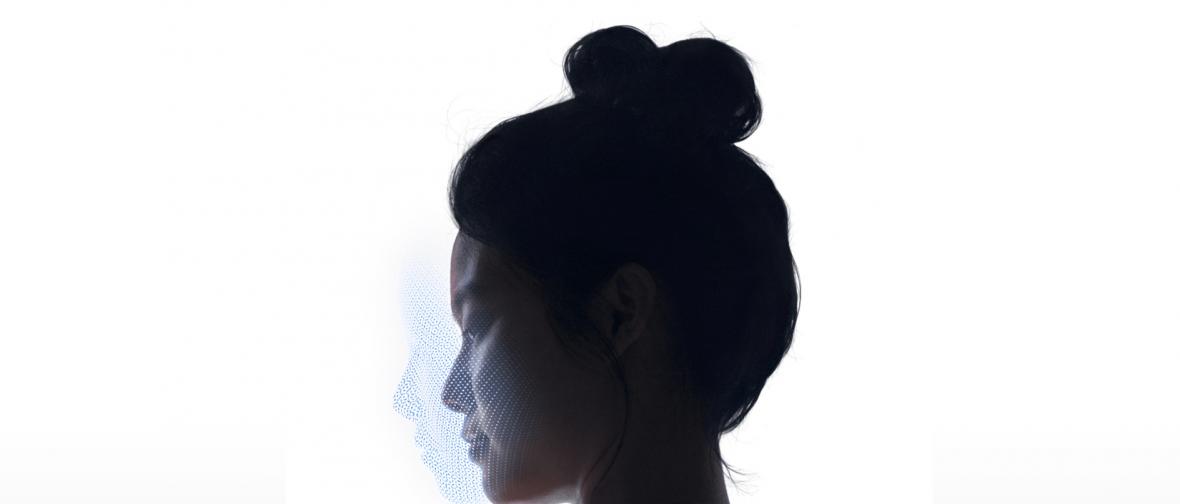 Jak działa Face ID w iPhonie X i dlaczego jest lepsze od rozwiązań konkurencji