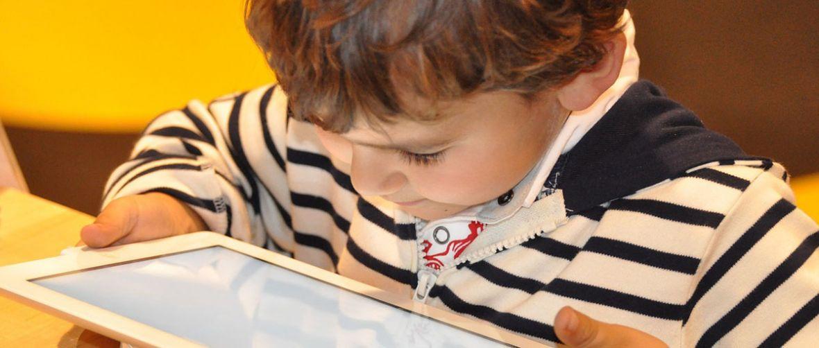 Jak skonfigurować komputer dla dziecka? Poradnik krok po kroku