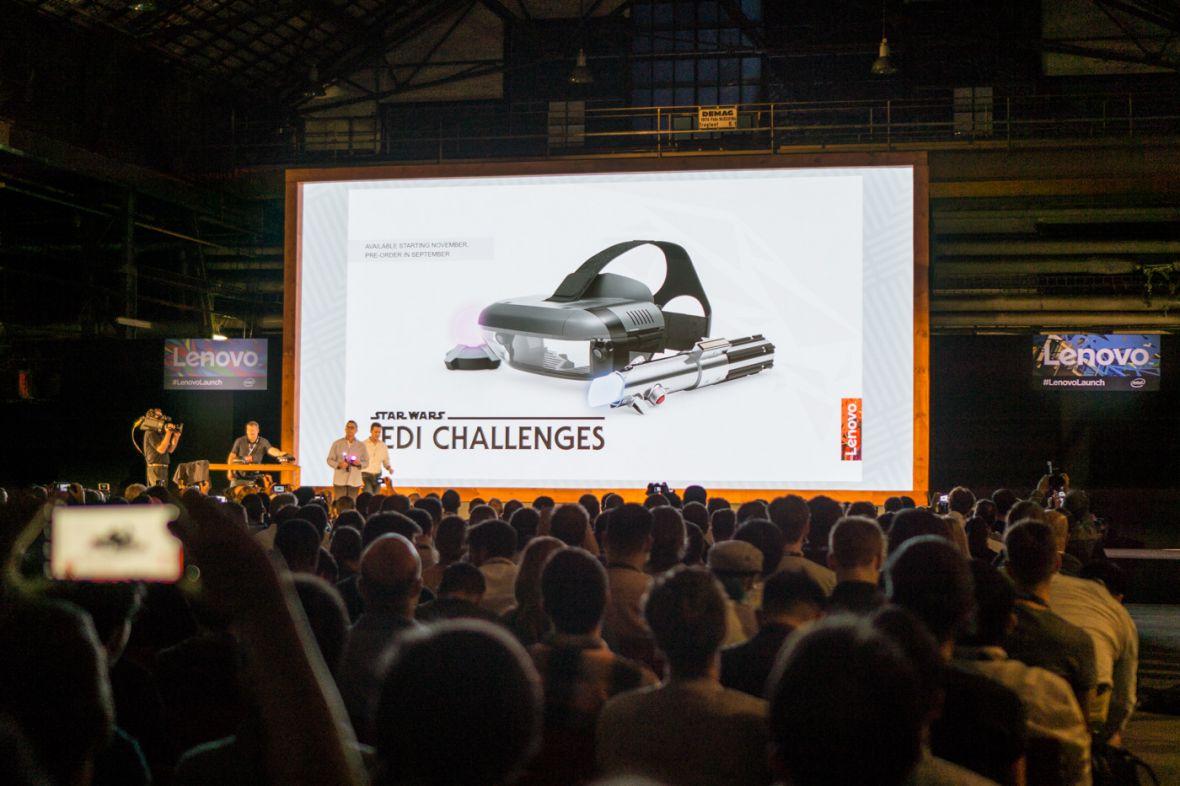 Lenovo chce walczyć z ciemną stroną Mocy. Orężem jest miecz świetlny i banalnie proste okulary AR