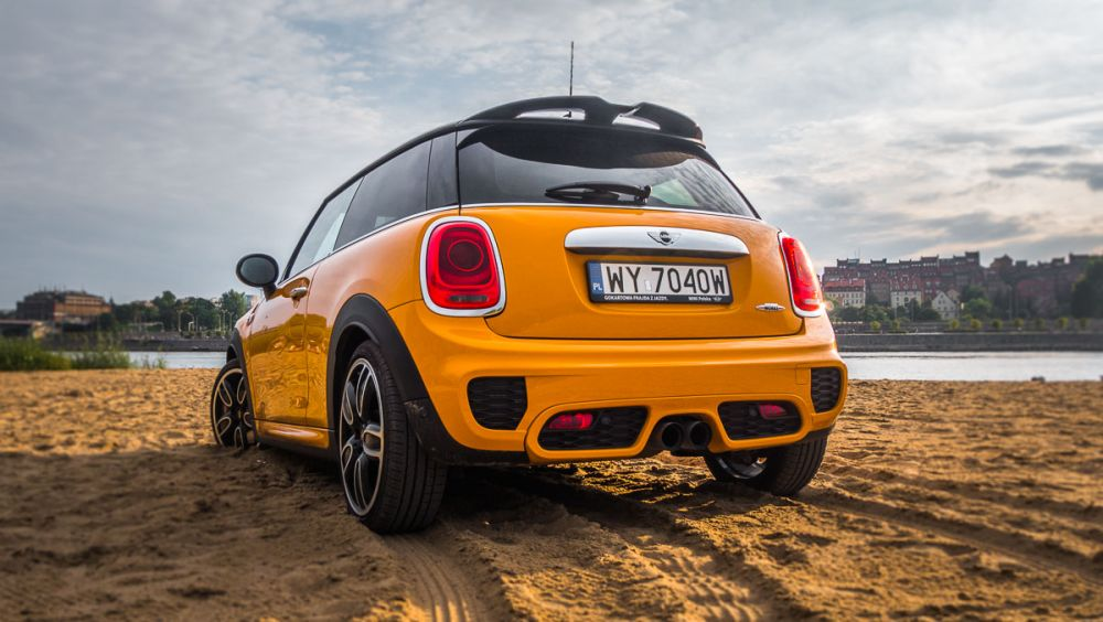 mini john cooper works test-3
