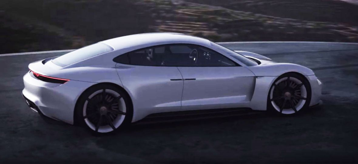 Pierwsze elektryczne Porsche będzie kusić osiągami i… ceną