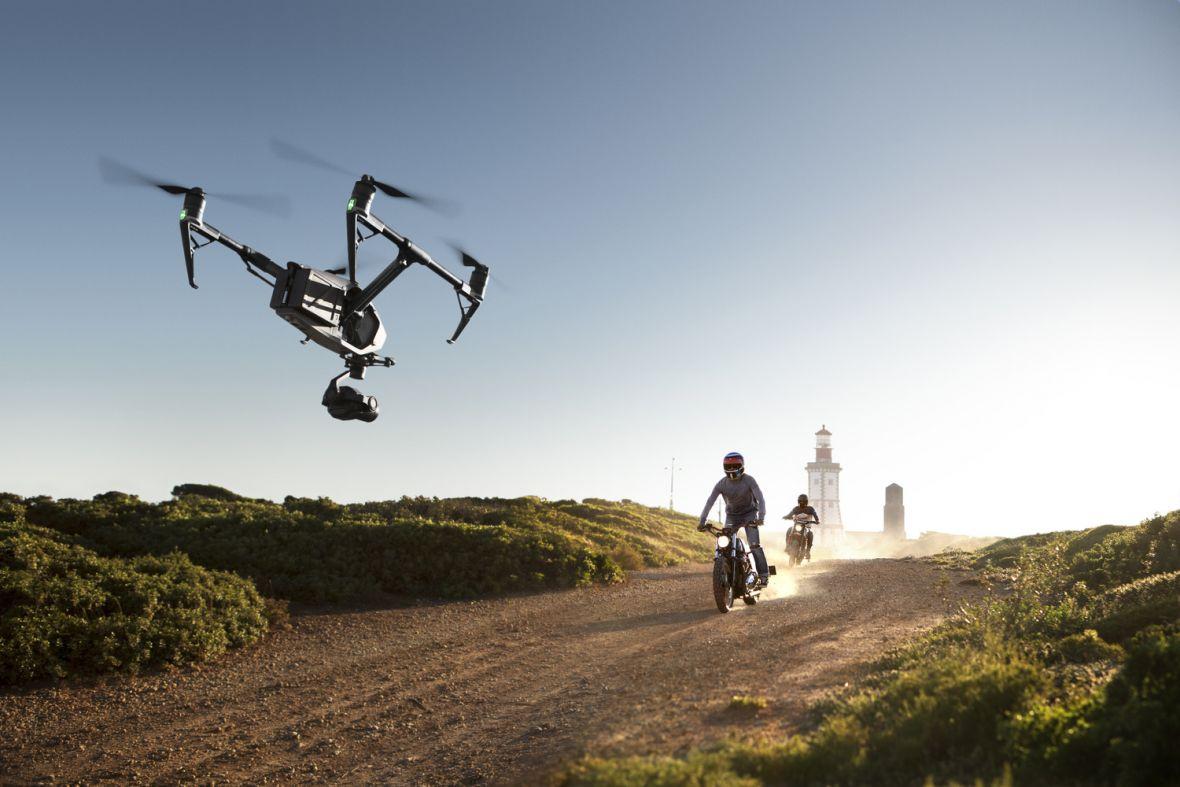 Chińczycy z DJI właśnie tchnęli nowe życie w nagrywanie dronem