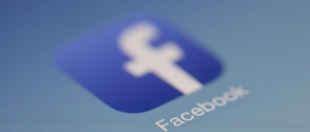 Ważna zmiana na Facebooku. Wkrótce sprawdzimy, kto opublikował reklamę polityczną i… kto za nią zapłacił