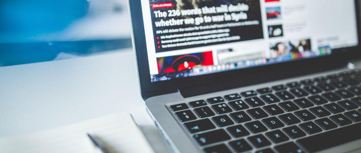 Wojnę z dezinformacją można uznać za przegraną. Google wyświetlał fake newsy w serwisach walczących z nimi