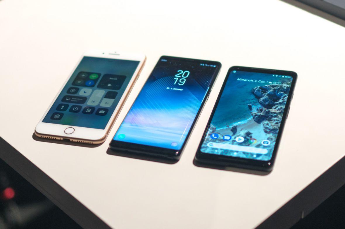 Samsung nadal jest królem rynku smartfonów, ale to Xiaomi może patrzeć z nadzieją w przyszłość