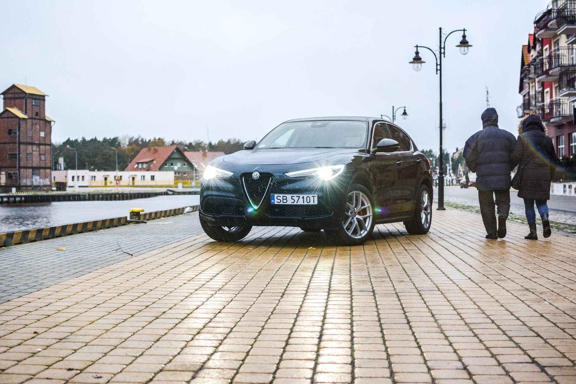 Alfa Romeo Stelvio 3 powody by kupić i 17 by tego nie robić