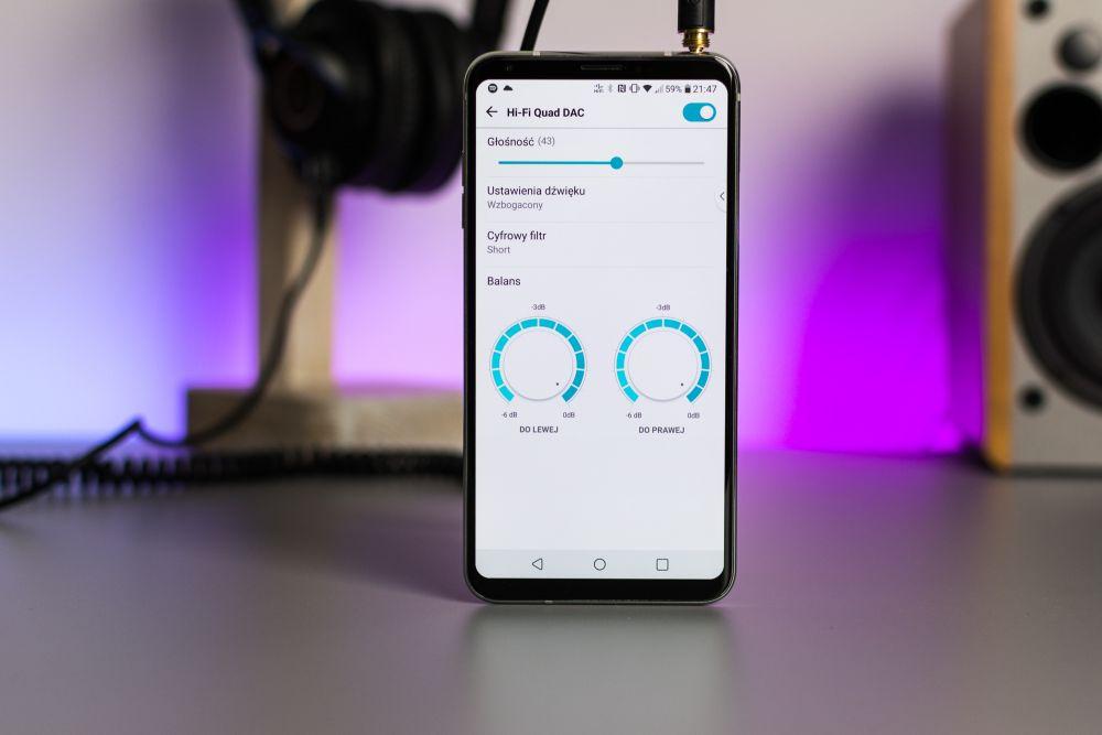 Najlepszy telefon do słuchania muzyki LG V30 z poczwórnym, 32-bitowym DAC wynosi smartfonowe audio na nowy poziom.