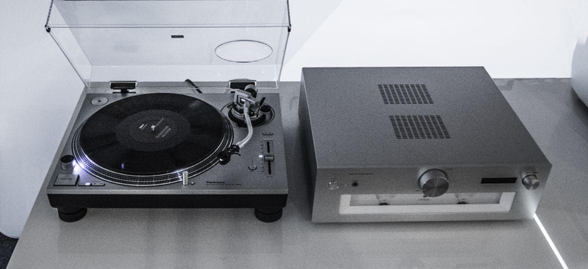 A więc tak wygląda Święty Graal wśród gramofonów. Oto Technics SL 1200GR