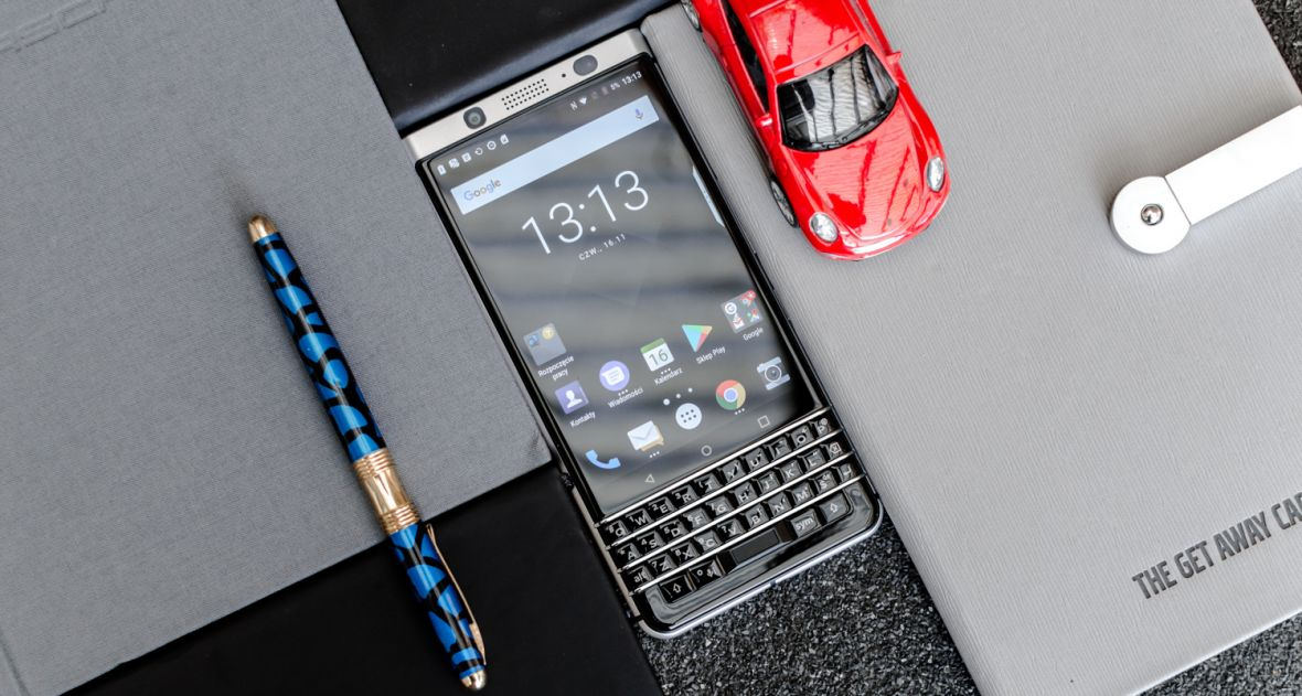 Po latach przerwy znów mam w rękach BlackBerry. I to zaskakująco przyjemne uczucie