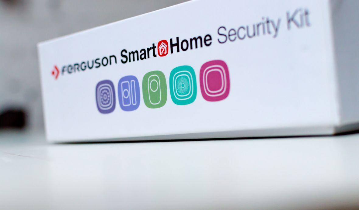 Wystarczyło kilka drobiazgów, bym poczuł się bezpiecznie. Sprawdzamy Ferguson Smart Home Security Kit