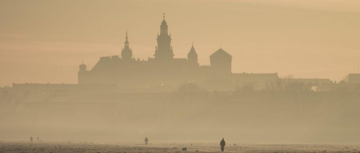 Drony będą walczyć ze smogiem w Krakowie, ale nie jest powiedziane, że ta wojna zakończy się sukcesem