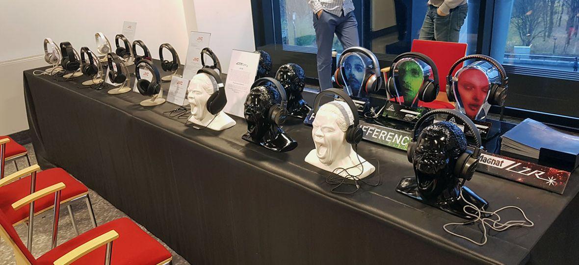 Setki słuchawek w jednym miejscu. Nie ma lepszej okazji, by je wszystkie sprawdzić