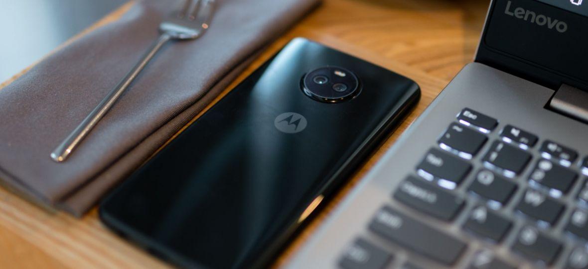 Udany powrót do korzeni. Motorola Moto X4 – recenzja