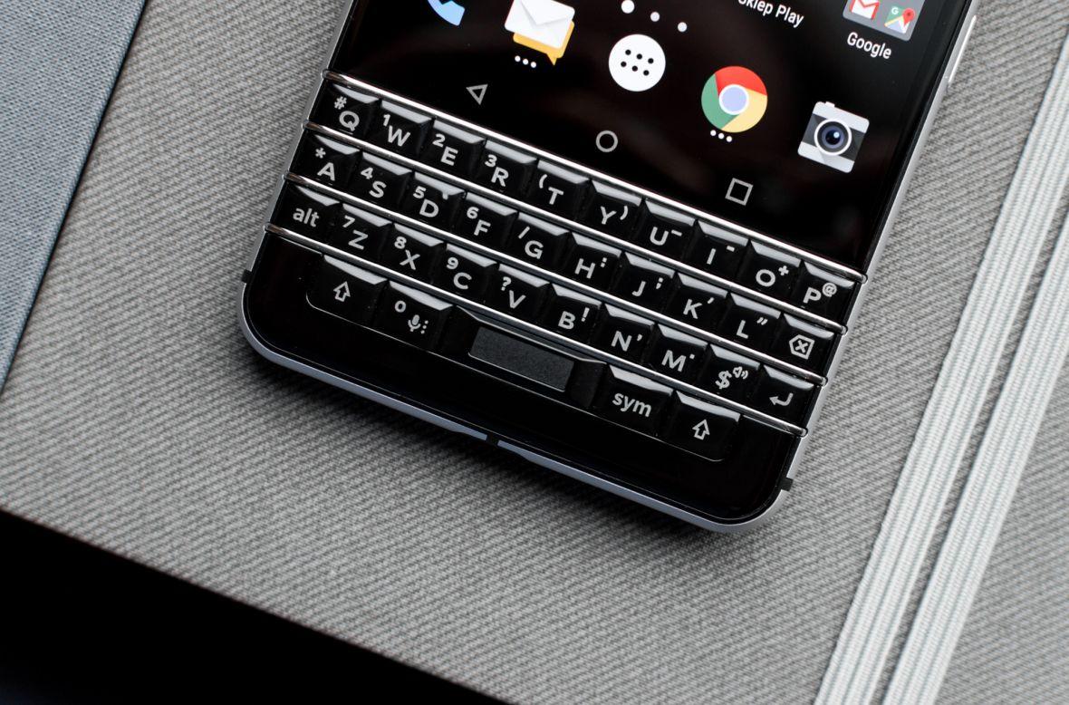 Tak wygląda następca najciekawszego smartfona 2017 roku. Oto BlackBerry Athena
