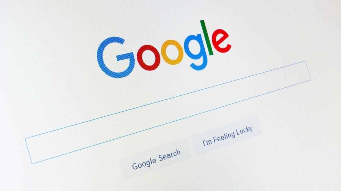 Google testuje nowy wygląd strony z wynikami wyszukiwarki. Przygotuj się na więcej scrollowania