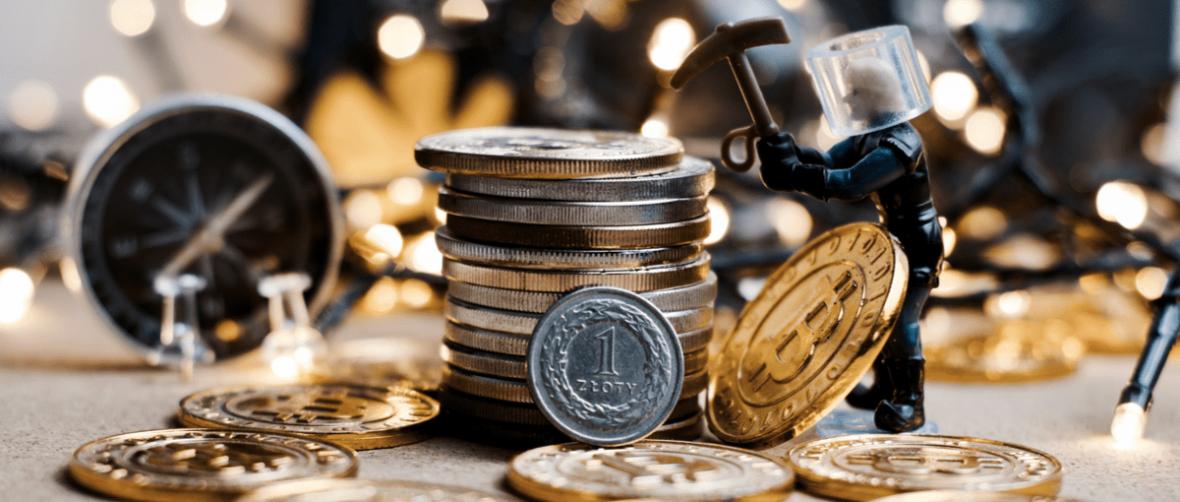 Narodowy Bank Polski i Komisja Nadzoru Finansowego zrobili z bitcoina nowe dopalacze i straszą Polaków