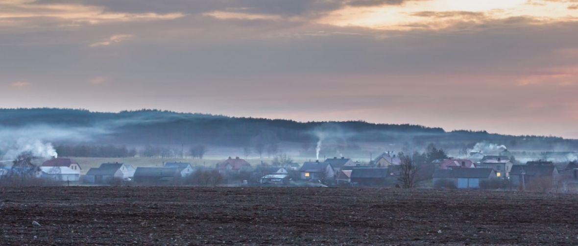 MAPA DNIA: Smog zaatakował Polskę z niespotykaną siłą – lista najbardziej zanieczyszczonych miast