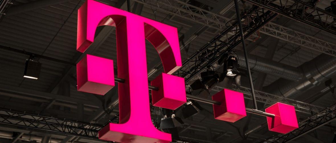 T-Mobile tnie ceny internetu w roamingu. Będą też większe paczki danych dla podróżujących
