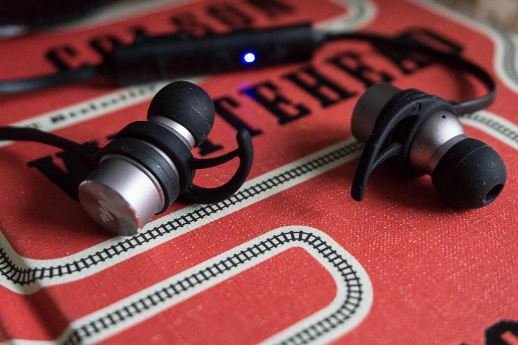 Świetny kompromis ceny, jakości i możliwości. Bezprzewodowe słuchawki Audictus Adrenaline – recenzja