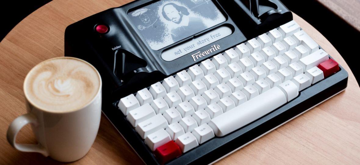 Na tej maszynie możesz pisać. I tylko pisać. Freewrite to najdziwniejszy gadżet, jaki kiedykolwiek testowałem