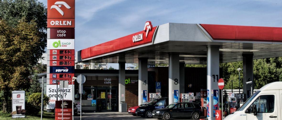 Robisz niedzielne zakupy przez sieć, opłacasz i odbierasz na stacji paliw. Tak może działać Orlen w 2018 roku