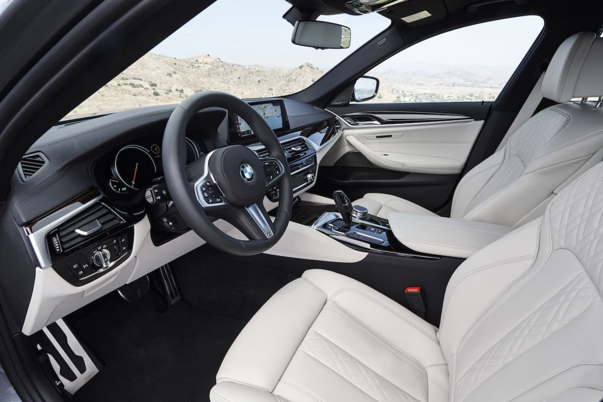 CarPlay na abonament? Nie, to nie żart – to nowy pomysł BMW