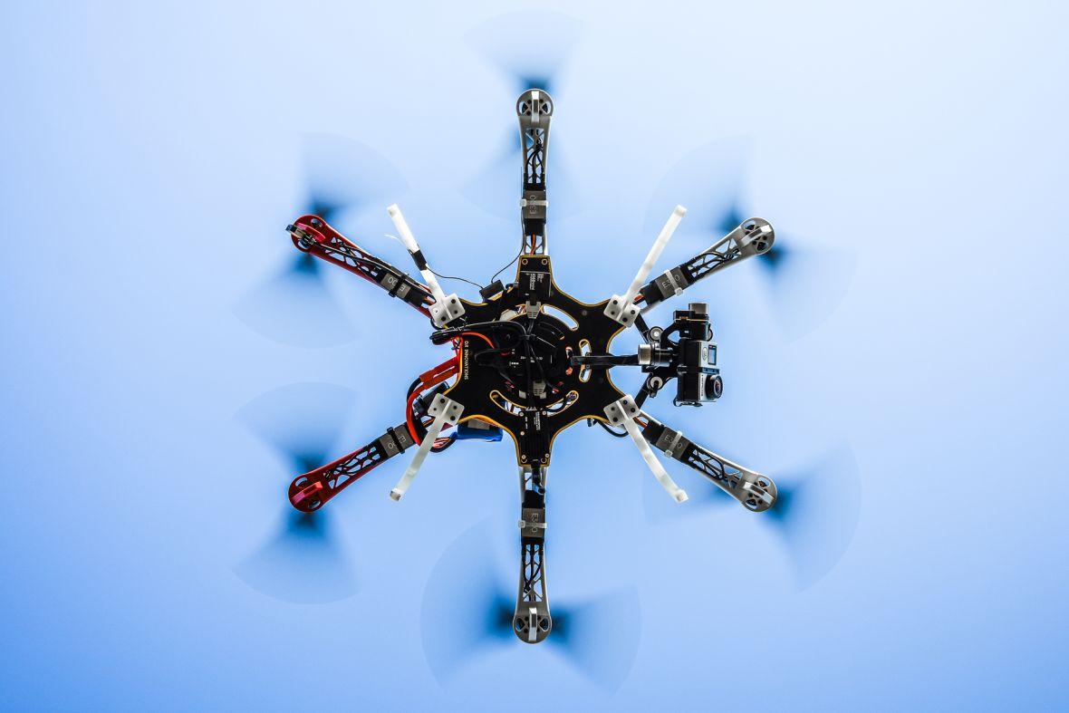 Rosyjska poczta stawia na drony, ale pierwszy lot zakończyłsię rozbiciem maszyny