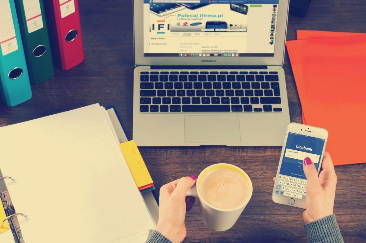 Każdego dnia przez kilka minut myślę o tym, jak uniezależnić bloga od Google i Facebooka