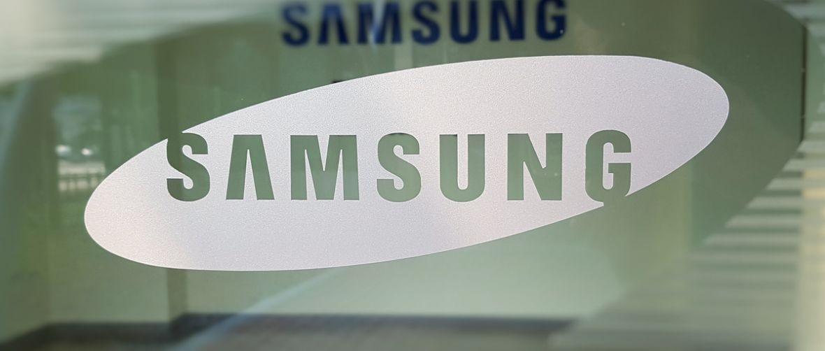 Pudełko od Galaxy S9 zdradza specyfikacjętechniczną nowego sztandarowego smartfona Samsunga