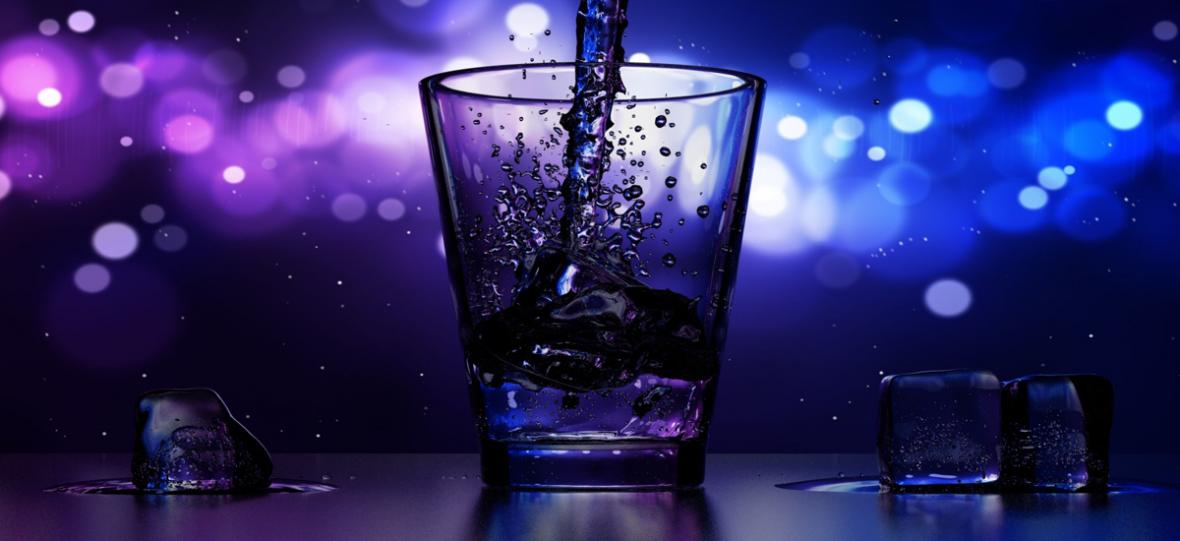 """Amerykanie zwariowali na punkcie """"surowej wody"""". Jest droga i zdatna do picia przez jeden cykl Księżyca"""