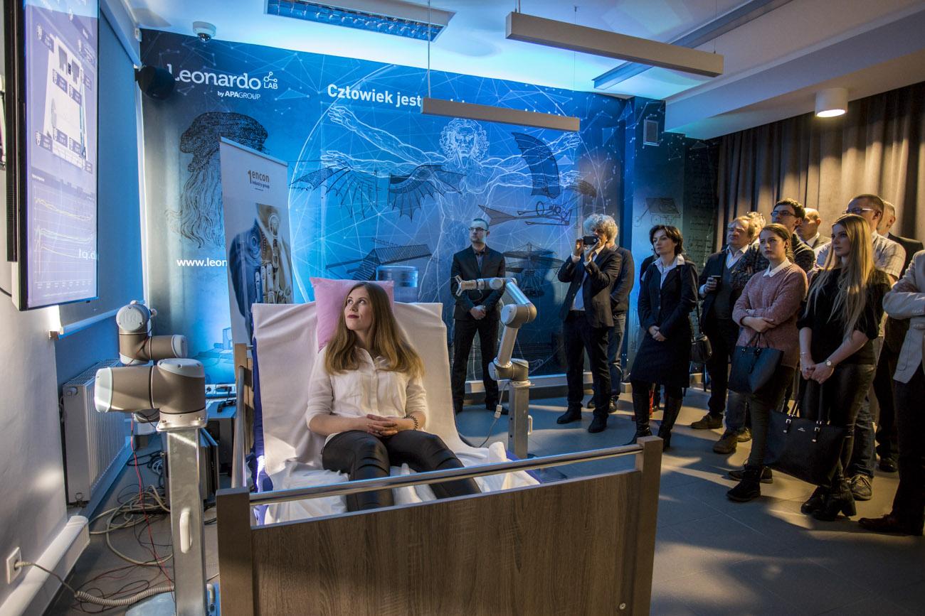 Na Wydziale Inżynierii Biomedycznej Politechniki Śląskiej w Zabrzu powstało Leonardo Lab, czyli pierwsze w Polsce inteligentne laboratorium. Naukowcy będą mogli testować w nim systemy stworzone z myślą o osobach starszych oraz wymagających specjalistycznej opieki.
