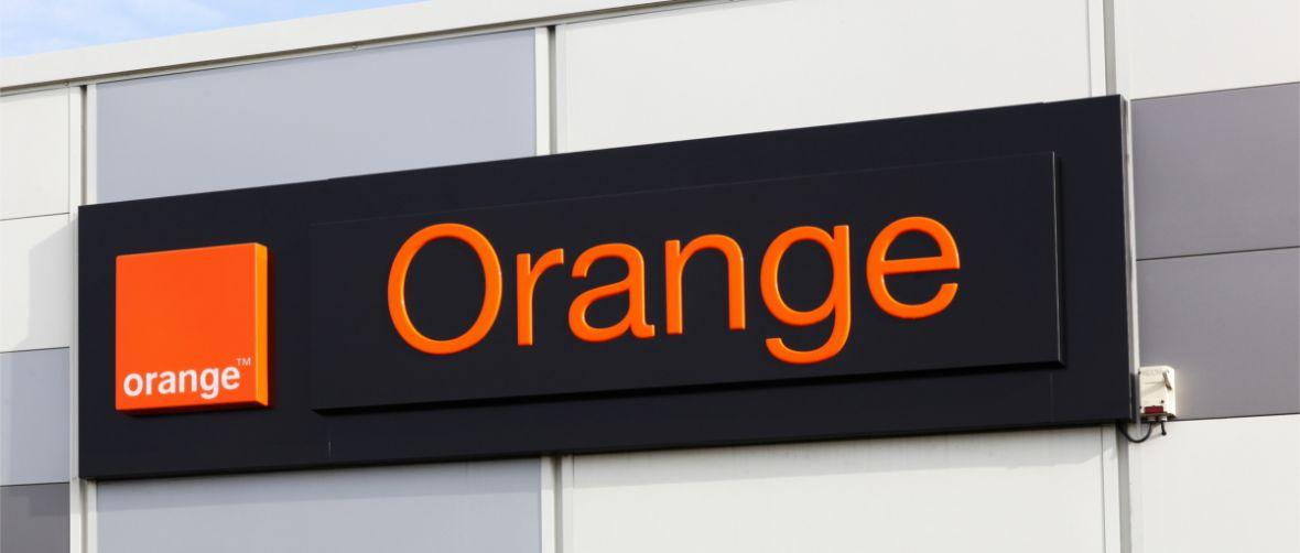 Orange rozdaje 100 zł na rozmowy. Sprawdź, jak odebrać